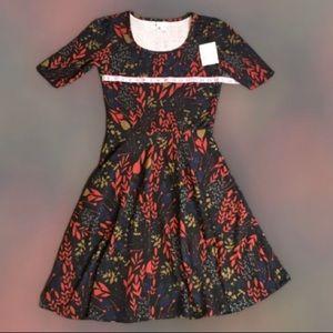 NWT- LuLaRoe Nicole Black Floral Dress Red Gold L